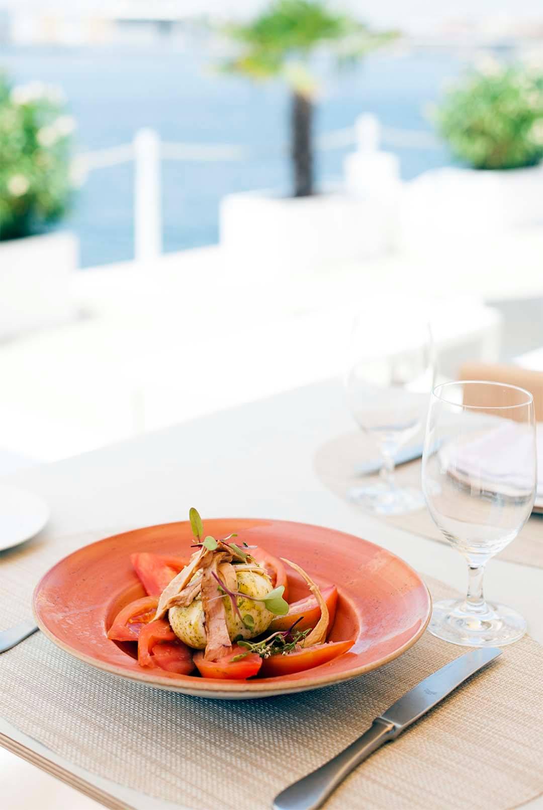 Comida saludable junto al mar en Duna Puerto