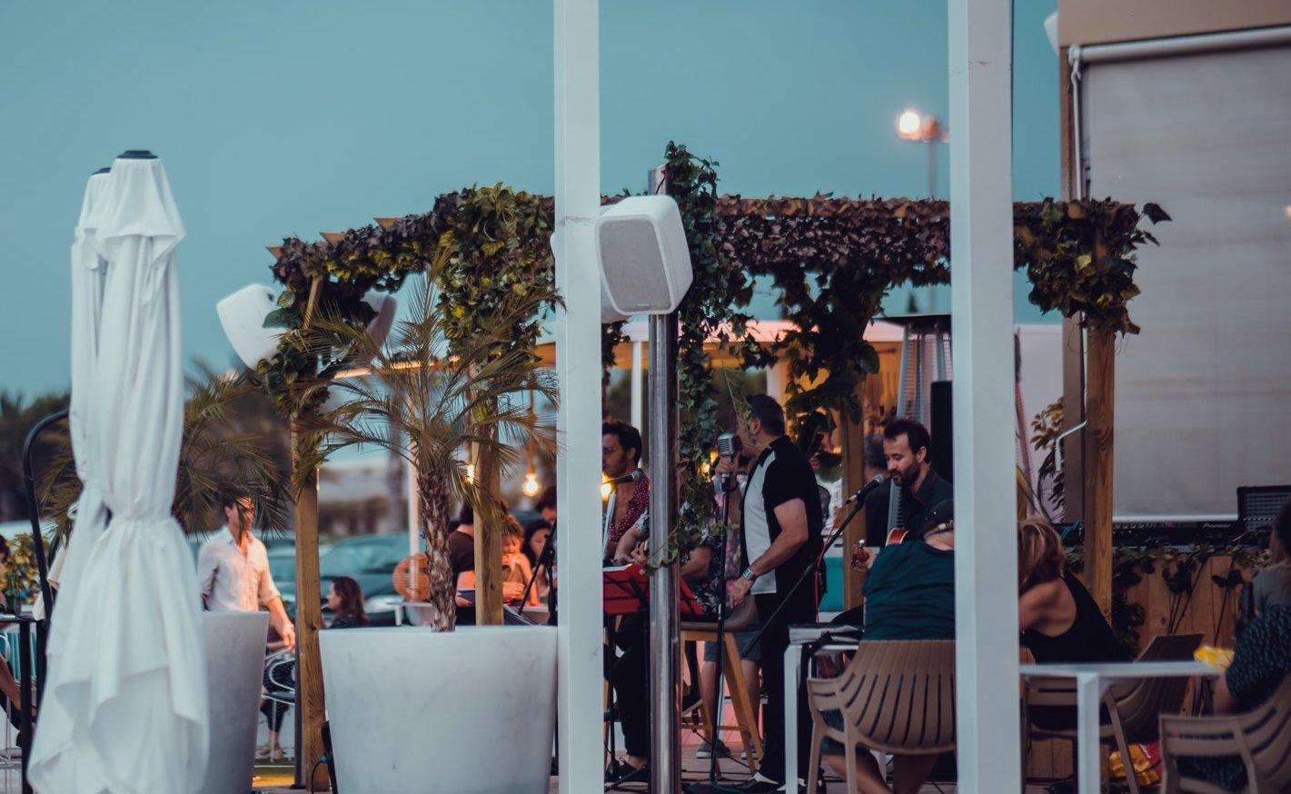 Música en directo en Duna Puerto Valencia